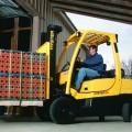 Nowe wózki firmy Hyster z silnikami spalinowymi wewnętrznego spalania o udźwigu 2,0-2,5 t.