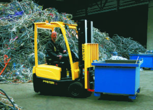 Tough Electric Hyster J1.6XNT Meets the Needs of Demanding Recycling Applications