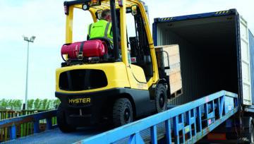Dostosowanie konstrukcji do potrzeb operatora wózka widłowego zapewnia lepszą wydajność pracy