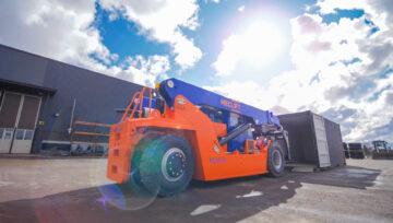 Vetro-Shipping nabył 18-tonowy wózek Meclift o zmiennym wysięgu