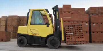 Transport cegieł i bloczków betonowych