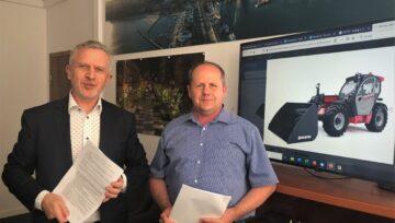 Dyrektor Zarządu Dróg i Zieleni w Gdyni, Pan Wojciech Folejewski, podpisał uroczyście umowę na zakup dwóch ładowarek Manitou!