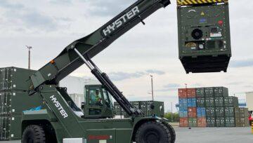 Hyster Europe zaopatruje Niemieckie Siły Zbrojne w dziewięć wózków typu Reachstacker